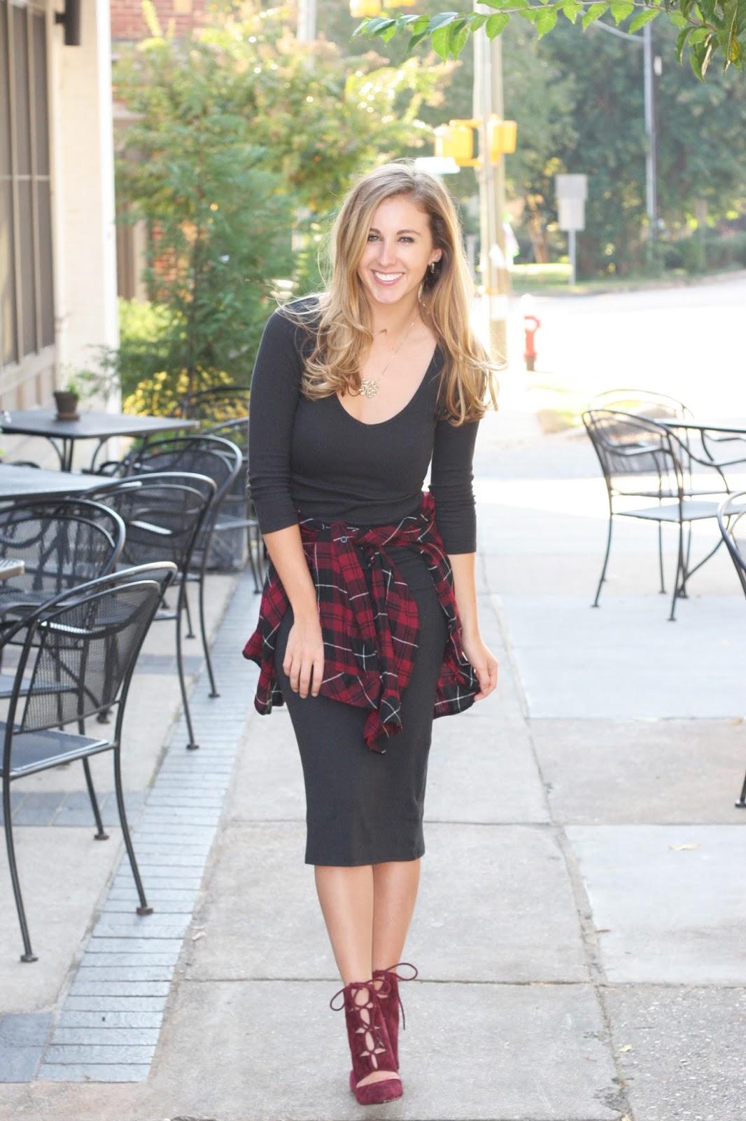 How to Wear a Midi Dress: Cali Chic