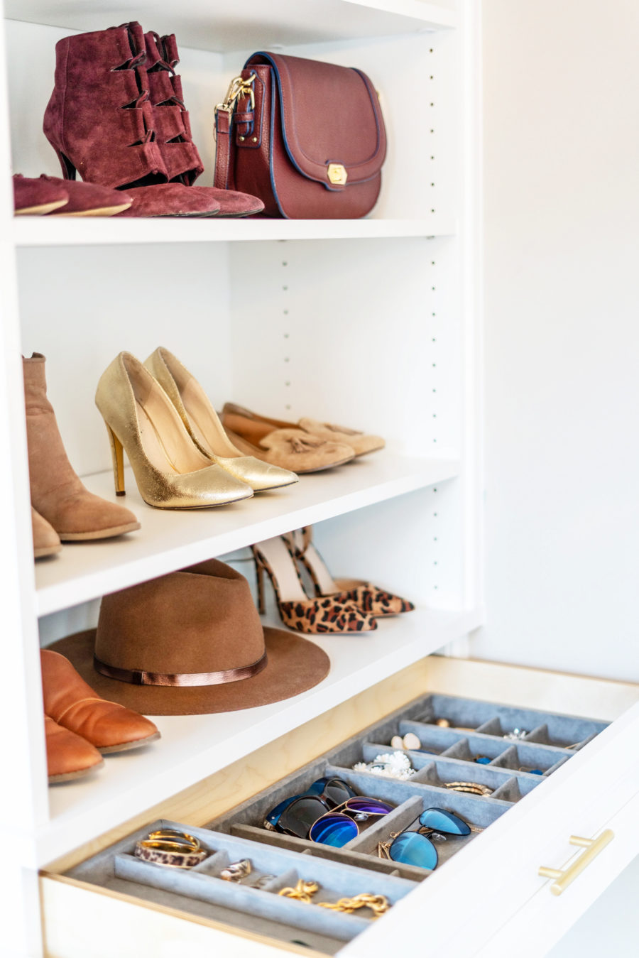 Shoe earring and bag organization